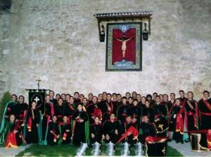 La banda de tambores en el año 2005, en la Plaza del Santísimo Cristo Crucificado